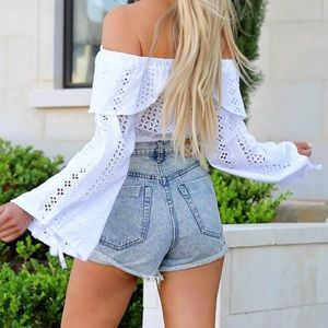 do & be Tops - ➳ Boutique Off The Shoulder White Crochet Crop Top